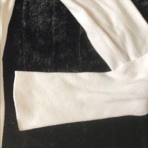 Zara V-neck Sweater size S